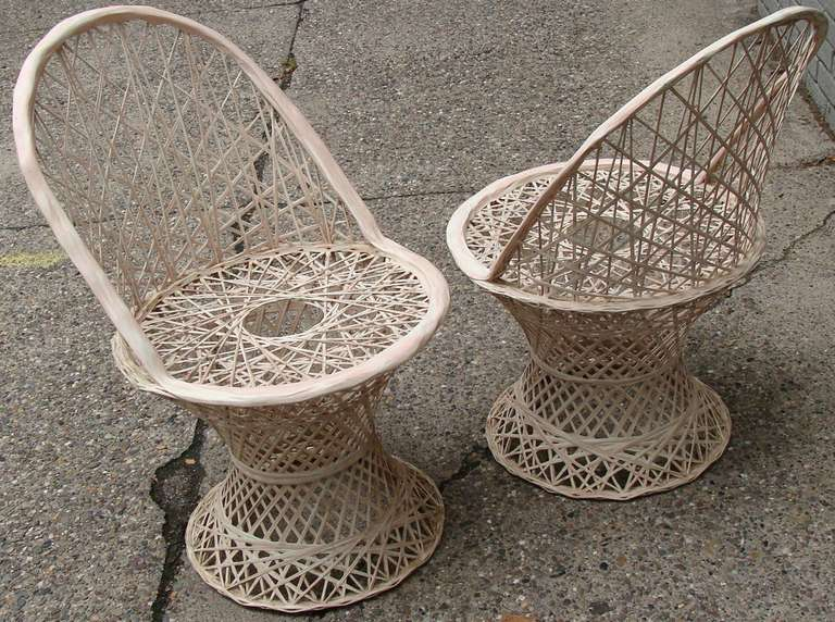 Russell Woodard Patio Table And Chairs At 1stdibs