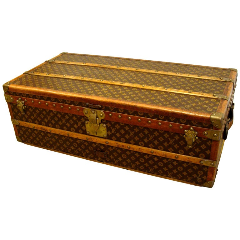 Lv Trunk Coffee Table: Vintage Louis Vuitton Cabin Trunk At 1stdibs
