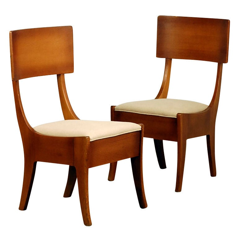 Pair of Exceptional Arts & Crafts Oak Klismos Chairs