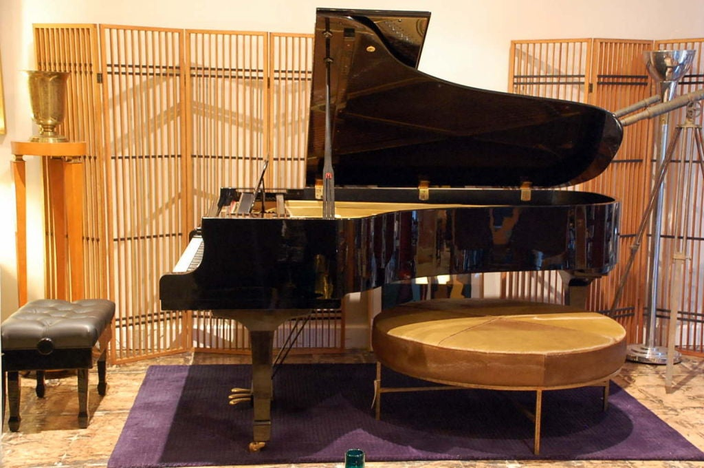 Japanese Impeccable Yamaha C7 Concert Grand Piano For Sale