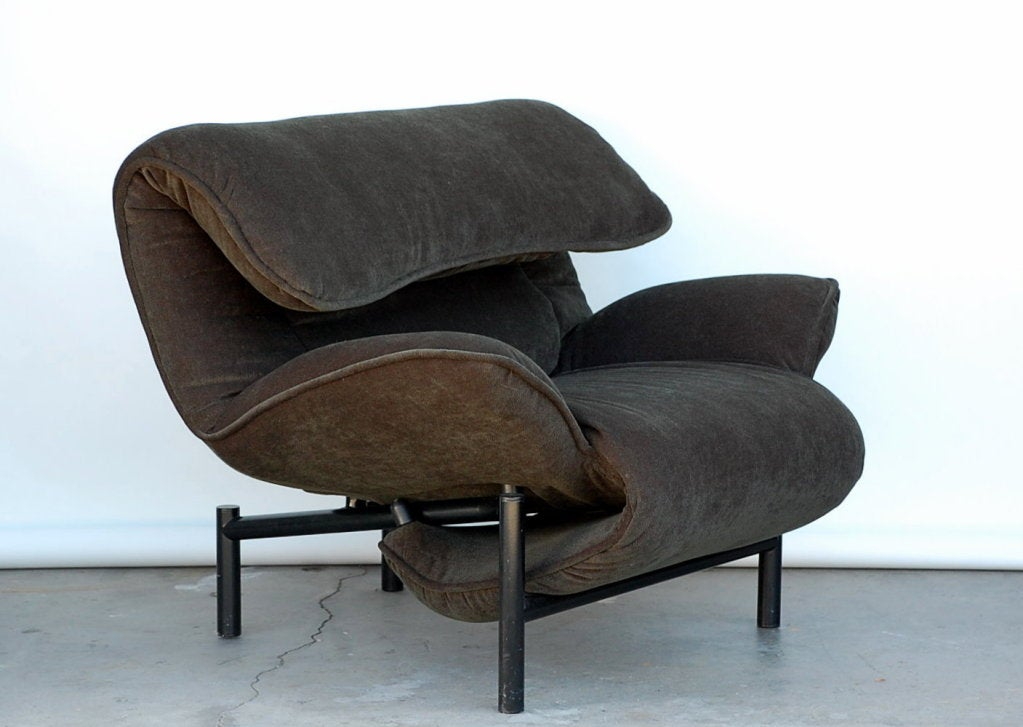 Rare Pair Of Reclining Veranda Lounge Chairs By Vico