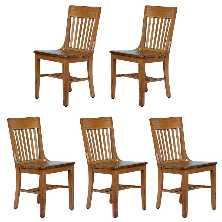 Set of 5 robust and fortable bleached oak dining chairs
