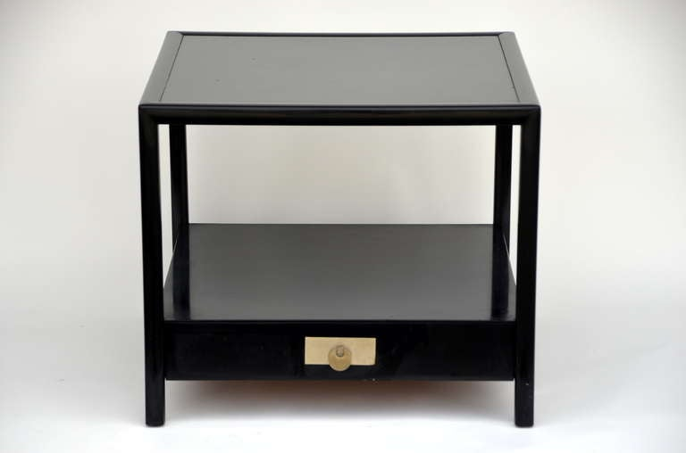 Good Chic Black Lacquer End / Side Table By Michael Taylor For Baker 2