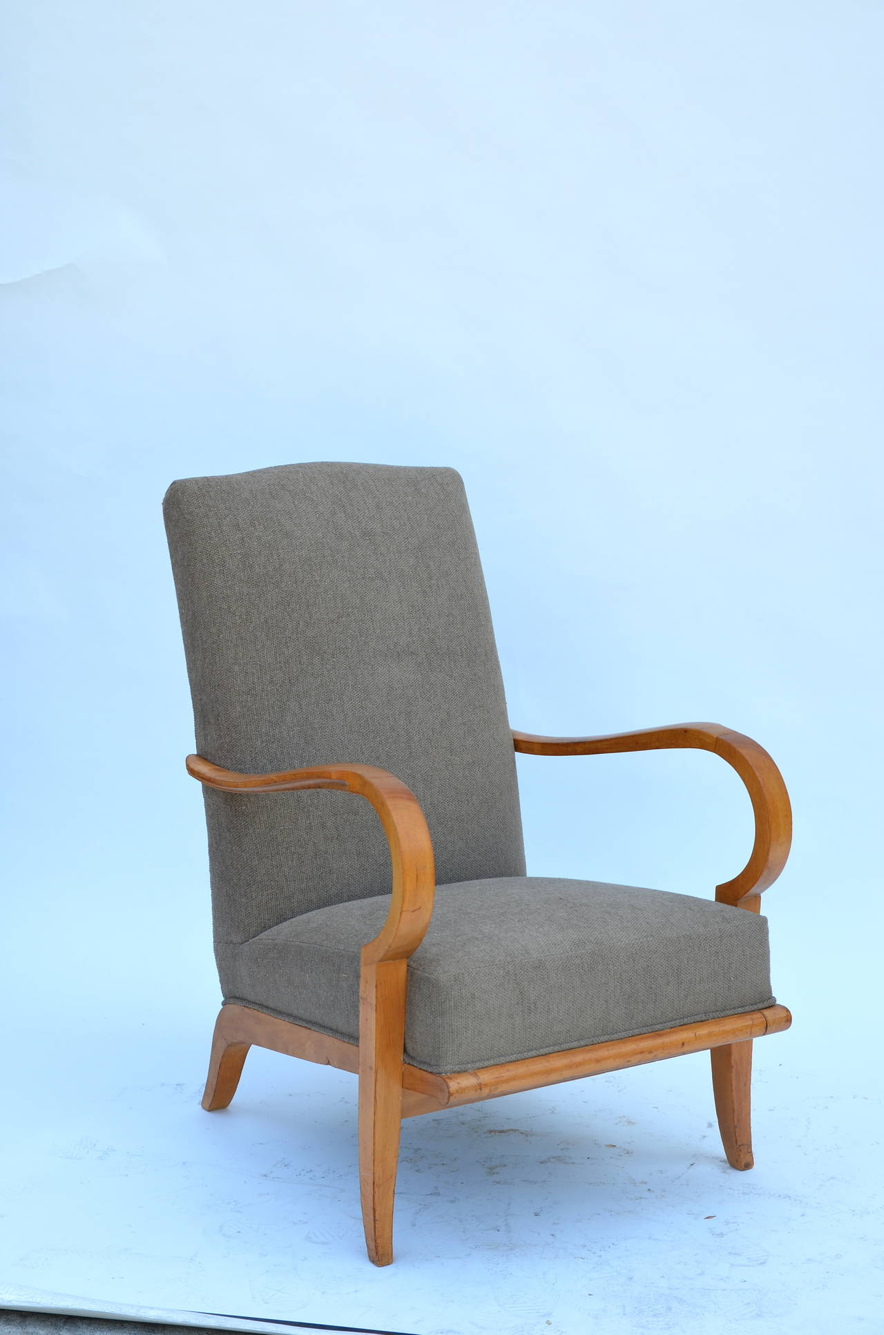 Pair of Chic French 1940s Oak Armchairs in the Style of Etienne-Henri Martin 5