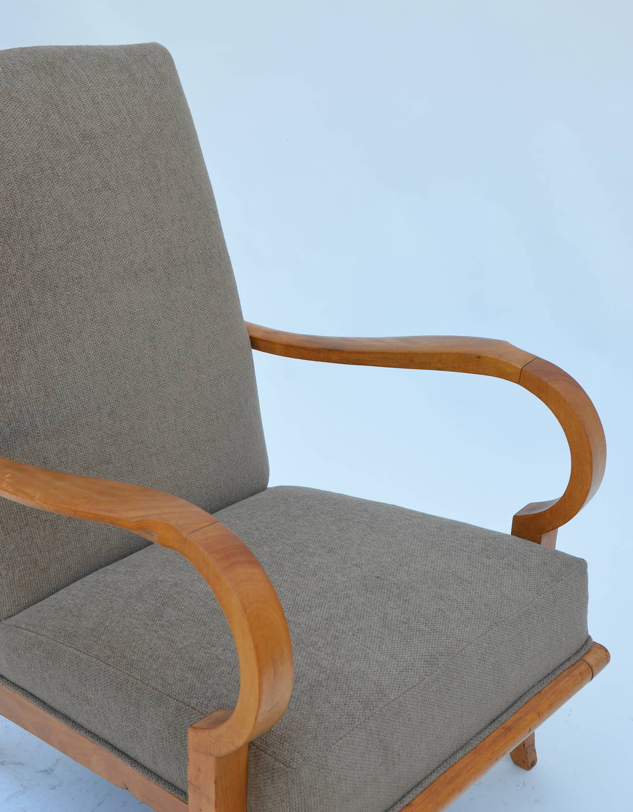 Pair of Chic French 1940s Oak Armchairs in the Style of Etienne-Henri Martin 7