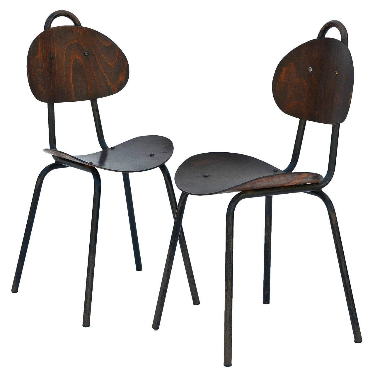 Merveilleux Pair Of Unique French Industrial Bentwood Side Chairs For Sale