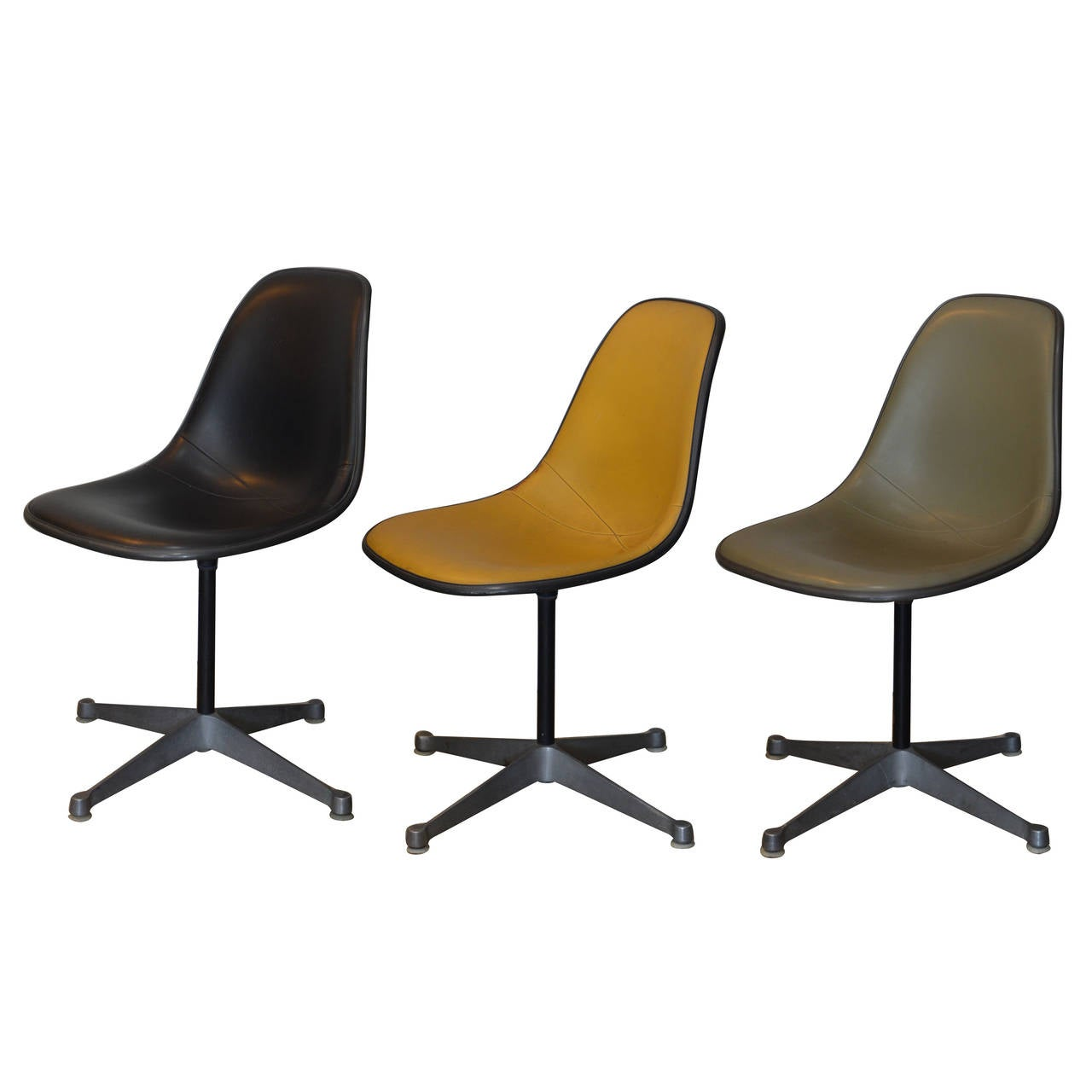 Set of Three Vintage Swiveling Chairs by Eames for Herman Miller