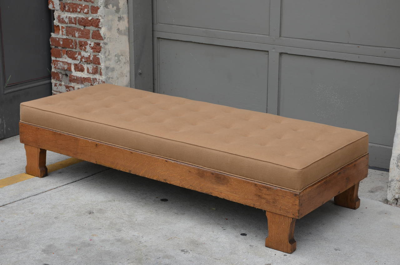 Chic tufted linen arts and crafts oak daybed at 1stdibs for Arts and crafts daybed