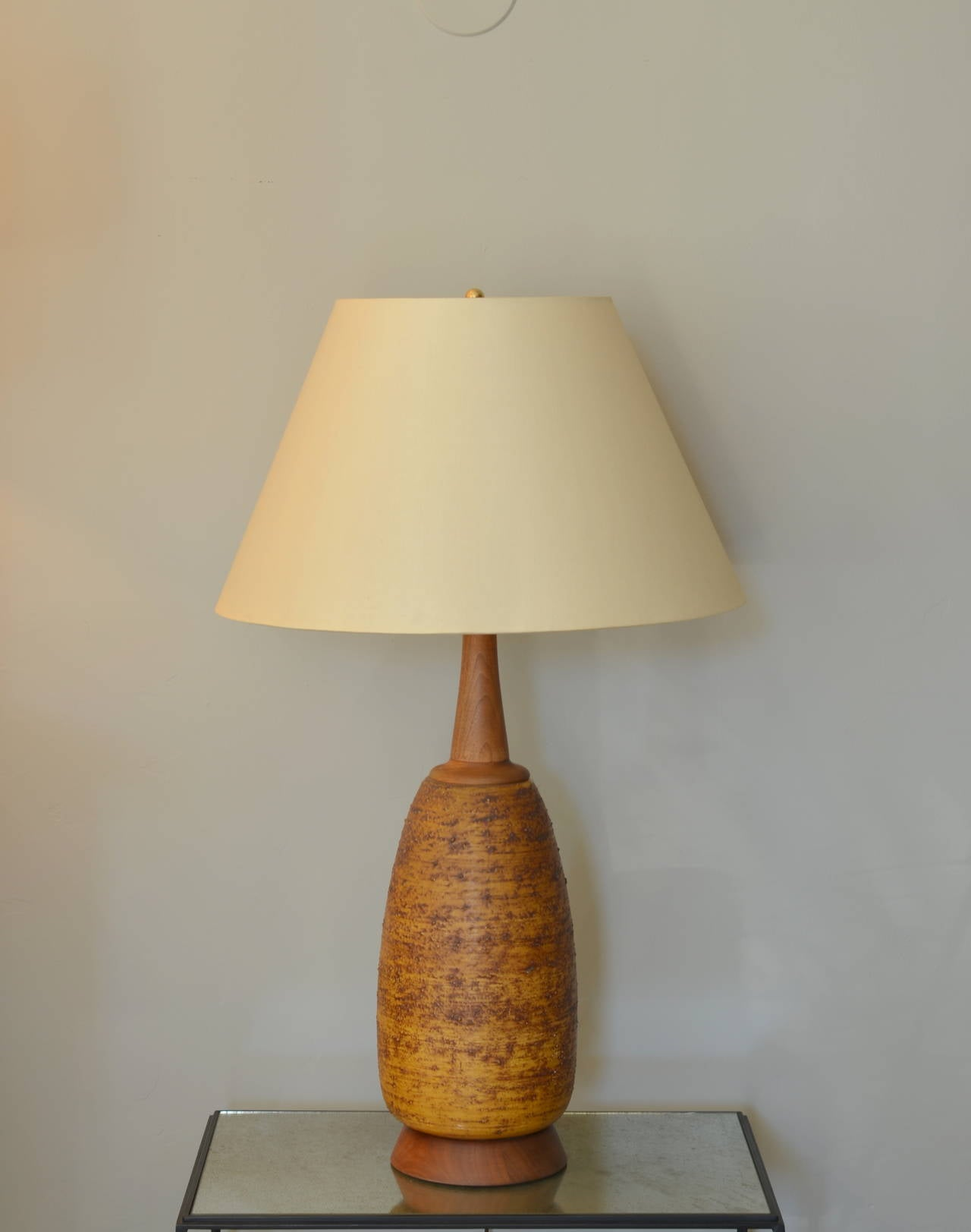 textured ceramic and walnut gourd shaped lamp for sale at 1stdibs. Black Bedroom Furniture Sets. Home Design Ideas