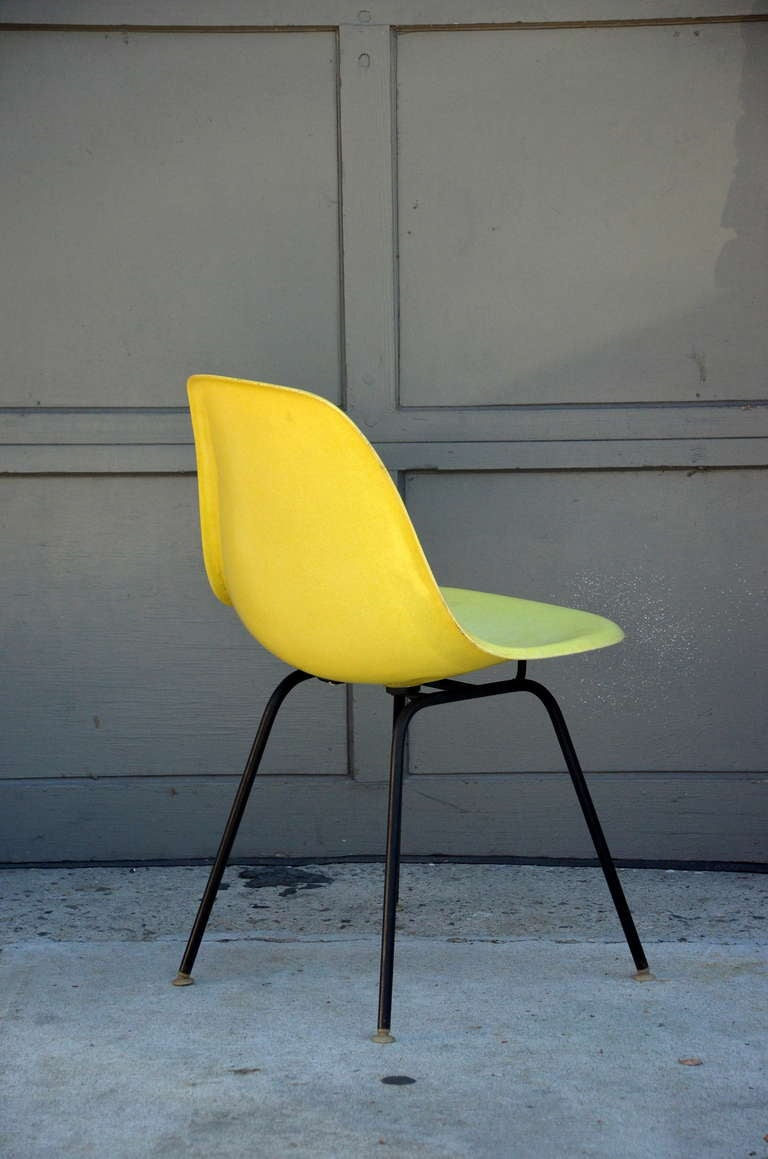set of 4 vintage eames chairs by herman miller for sale at 1stdibs