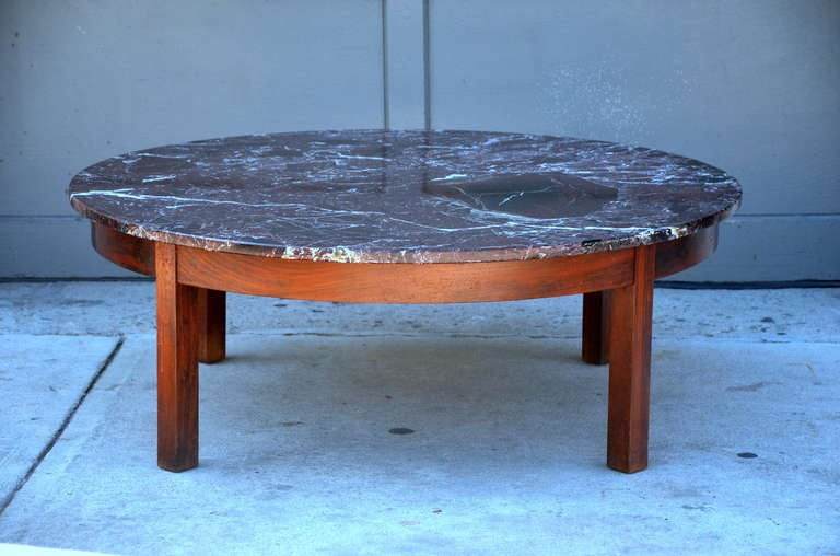 Large Round Coffee Table With Red Veined Marble Top 2