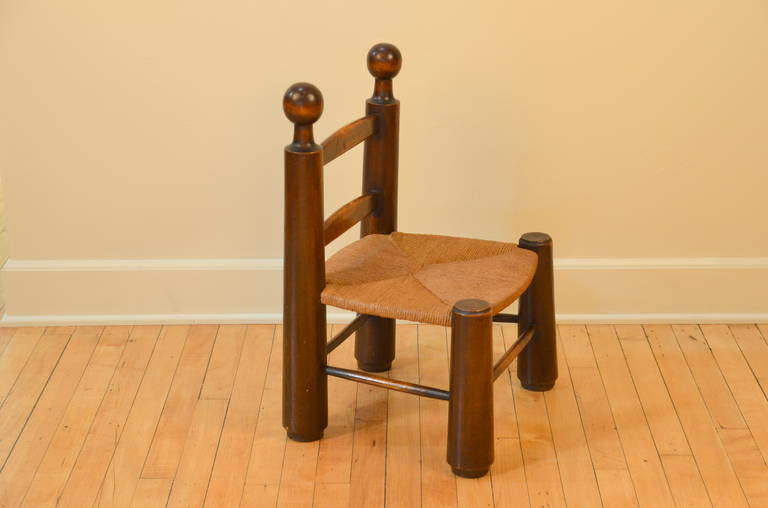 Single Turned Wood and Rush Children's Chair in the Style of Charlotte Perriand In Good Condition For Sale In Los Angeles, CA