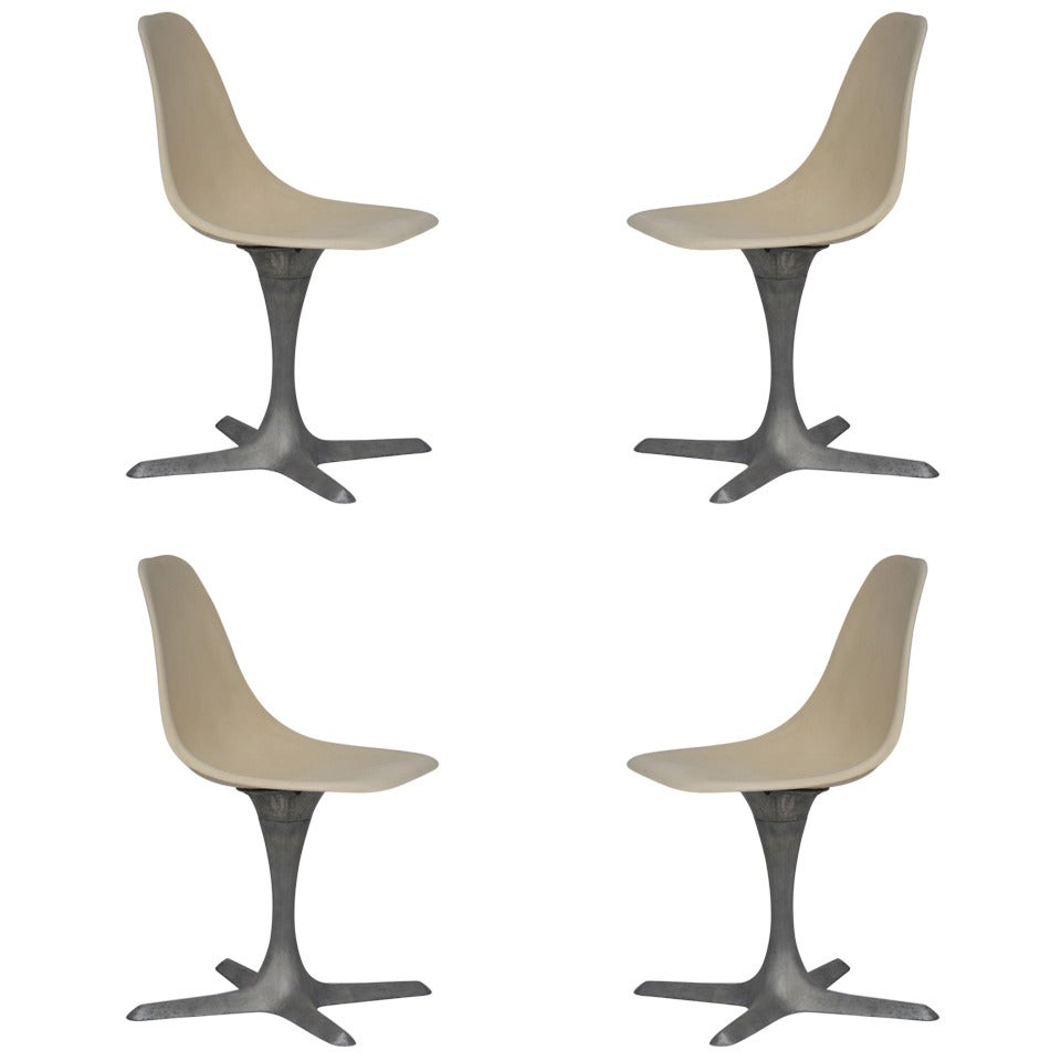 Set Of 4 American 70's Brushed Aluminum And Eggshell Chairs