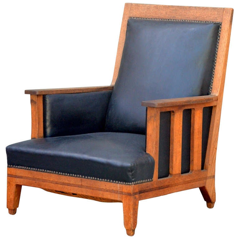 Chic Waxed Oak Arts U0026 Crafts Deep Armchair 1