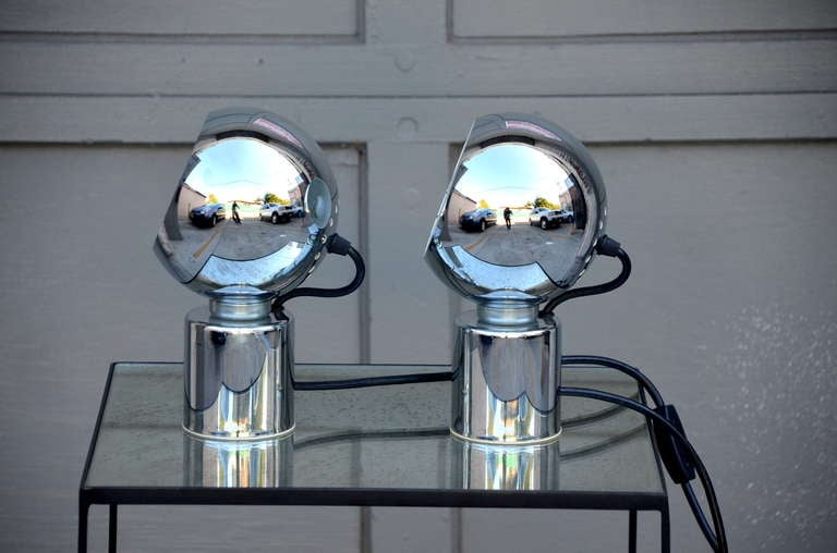 Pair of Articulated Globe Spotlights by Reggiani Lampadari For Sale 1