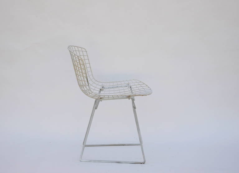 Set of Four Original Wire Chairs by Harry Bertoia for Knoll In Good Condition For Sale In Los Angeles, CA