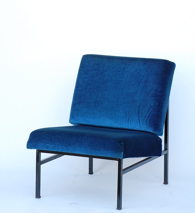 Pair of French 50's blue velvet lounge chairs In Good Condition For Sale In Los Angeles, CA