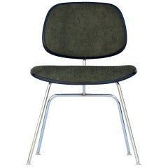 Classic Vintage Charles and Ray Eames for Herman Miller DCM chair