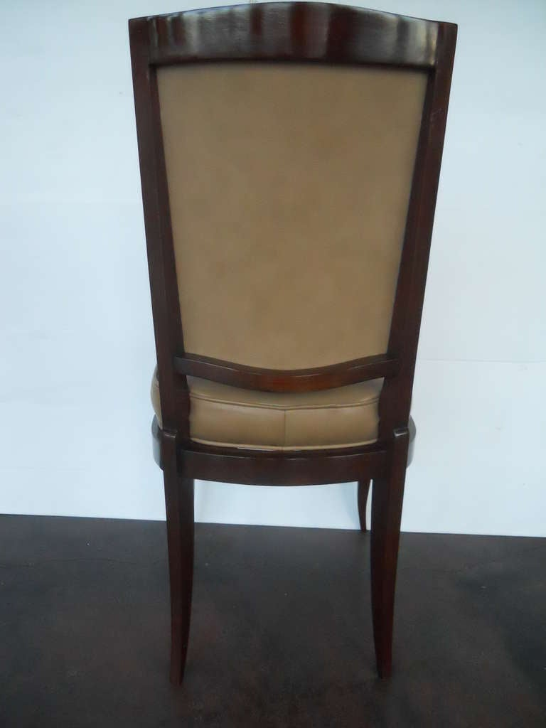 Exceptional Set of 6 Chairs in the Style of Gio Ponti In Excellent Condition For Sale In Los Angeles, CA