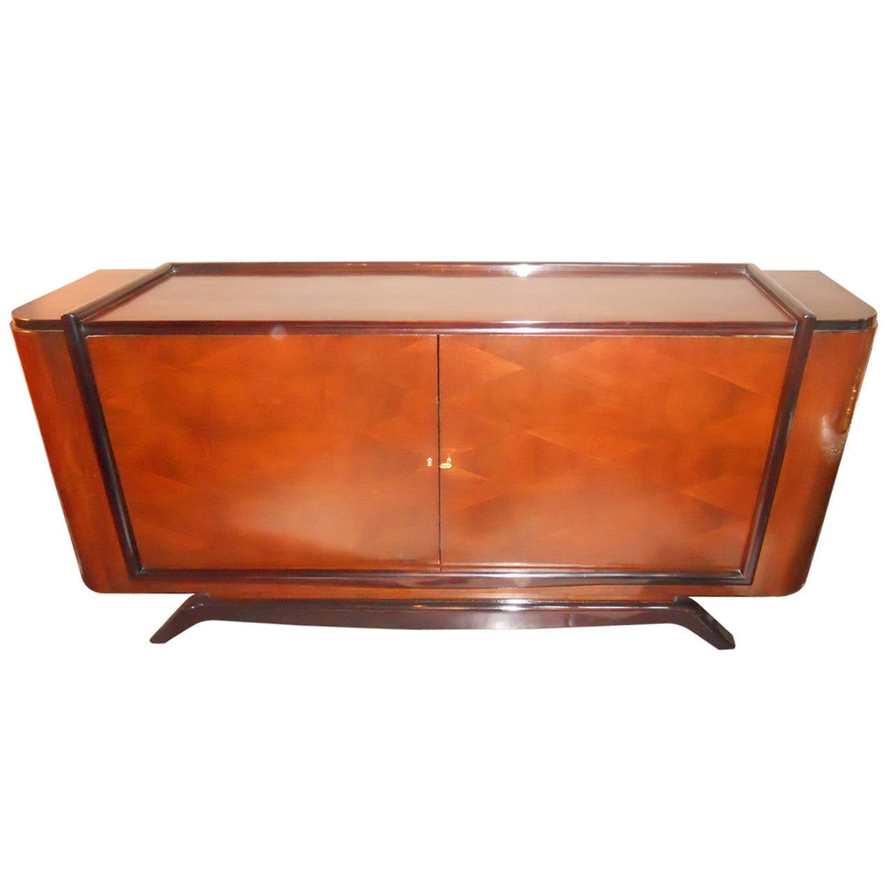 luxe deco credenza at 1stdibs. Black Bedroom Furniture Sets. Home Design Ideas