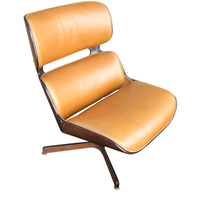 vintage eames plycraft lounge chair at 1stdibs. Black Bedroom Furniture Sets. Home Design Ideas