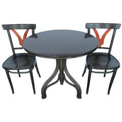 Graceful Set of Thonet Table and Chairs