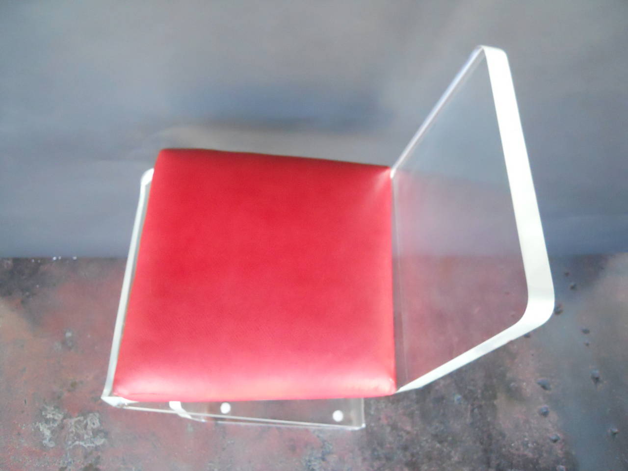 Pair of Vintage Lucite Bar Stools For Sale 1