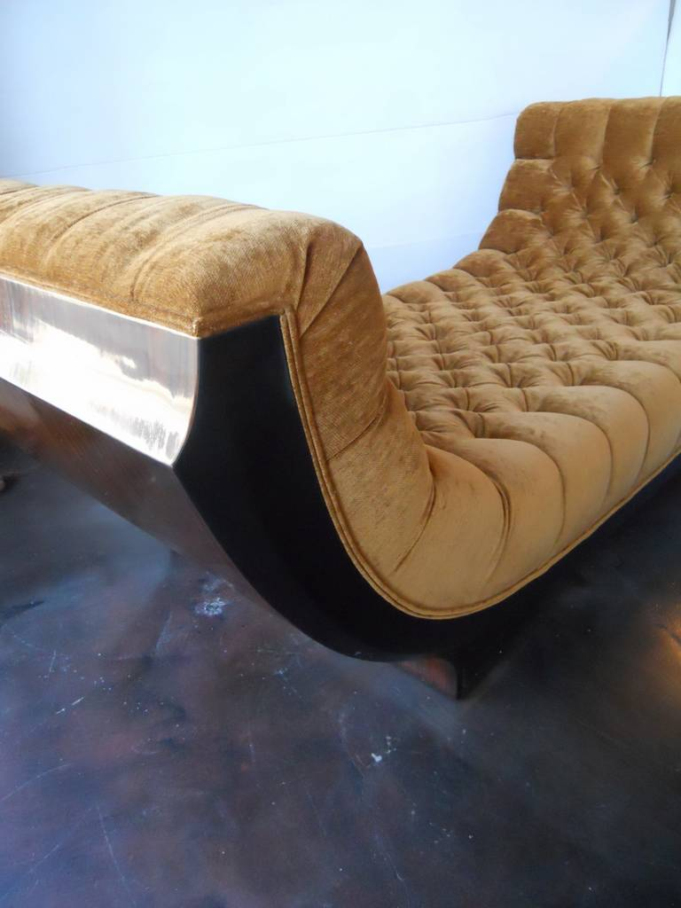 Outstanding art deco chaise lounge at 1stdibs for Chaise longue deco