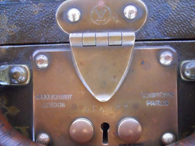 Great Set of 3 Louis Vitton Vintage Suitcases 3