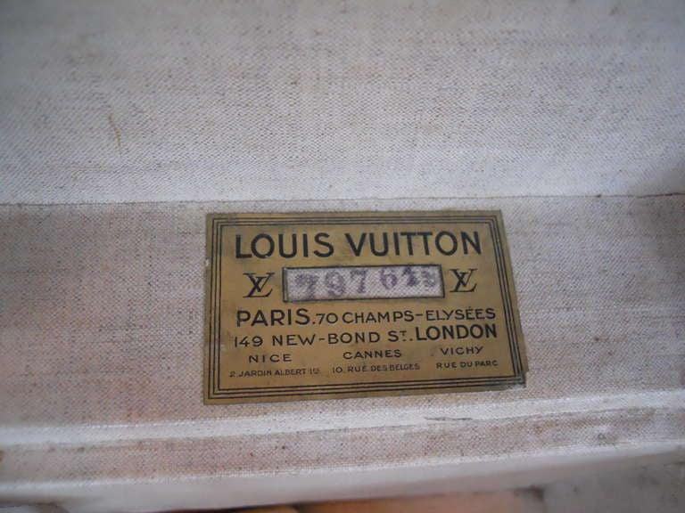 Great Set of 3 Louis Vitton Vintage Suitcases 7
