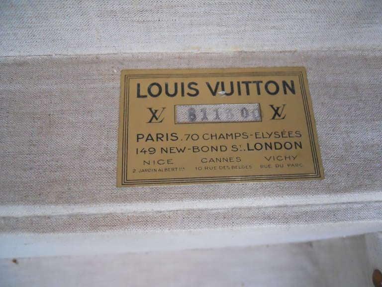 Great Set of 3 Louis Vitton Vintage Suitcases 9