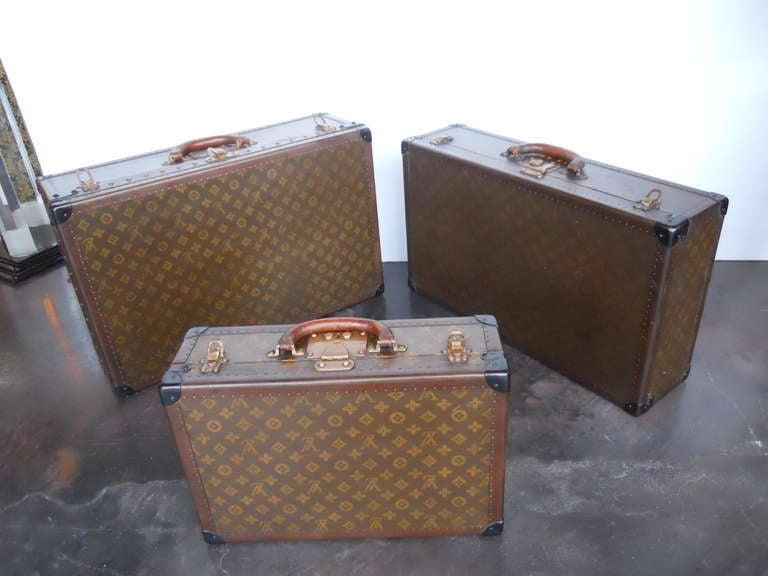 Great Set of 3 Louis Vitton Vintage Suitcases 10