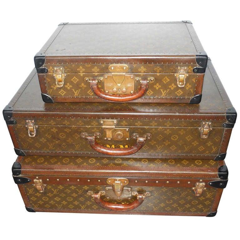 Great Set of 3 Louis Vitton Vintage Suitcases 1