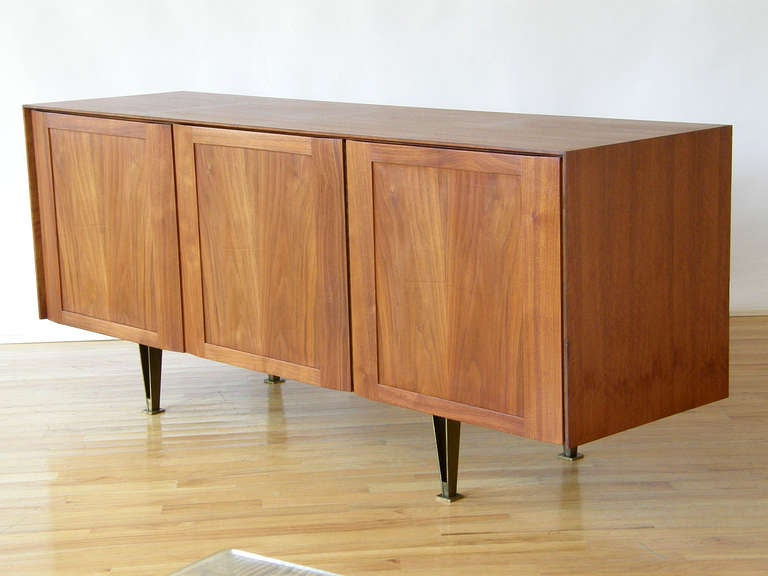 Gio Ponti Cabinet for Singer at 1stdibs