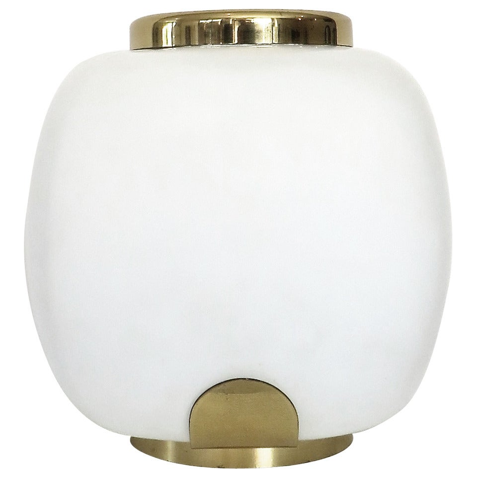 Italian Opaque Glass and Brass Picque Fleur Table Lamp by Arteluce