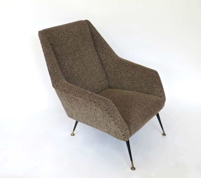 Pair of upholstered italian lounge armchairs at 1stdibs for Arp arredamenti