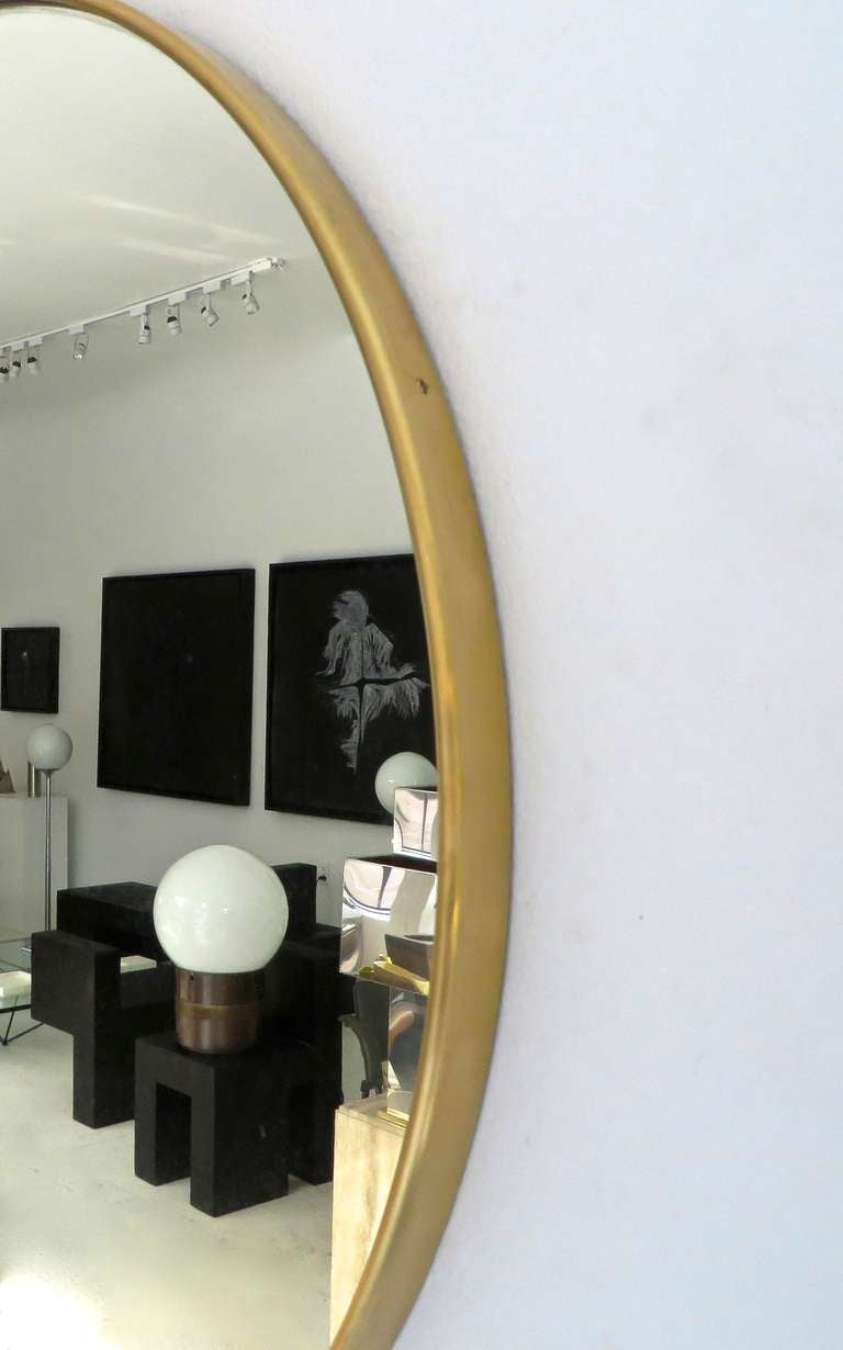 Mid-20th Century Italian Modern Minimalist Round Brass Framed Mirror For Sale