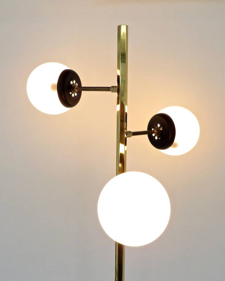 Italian three opaque glass globe and brass floor lamp by for 3 bulb brass floor lamp