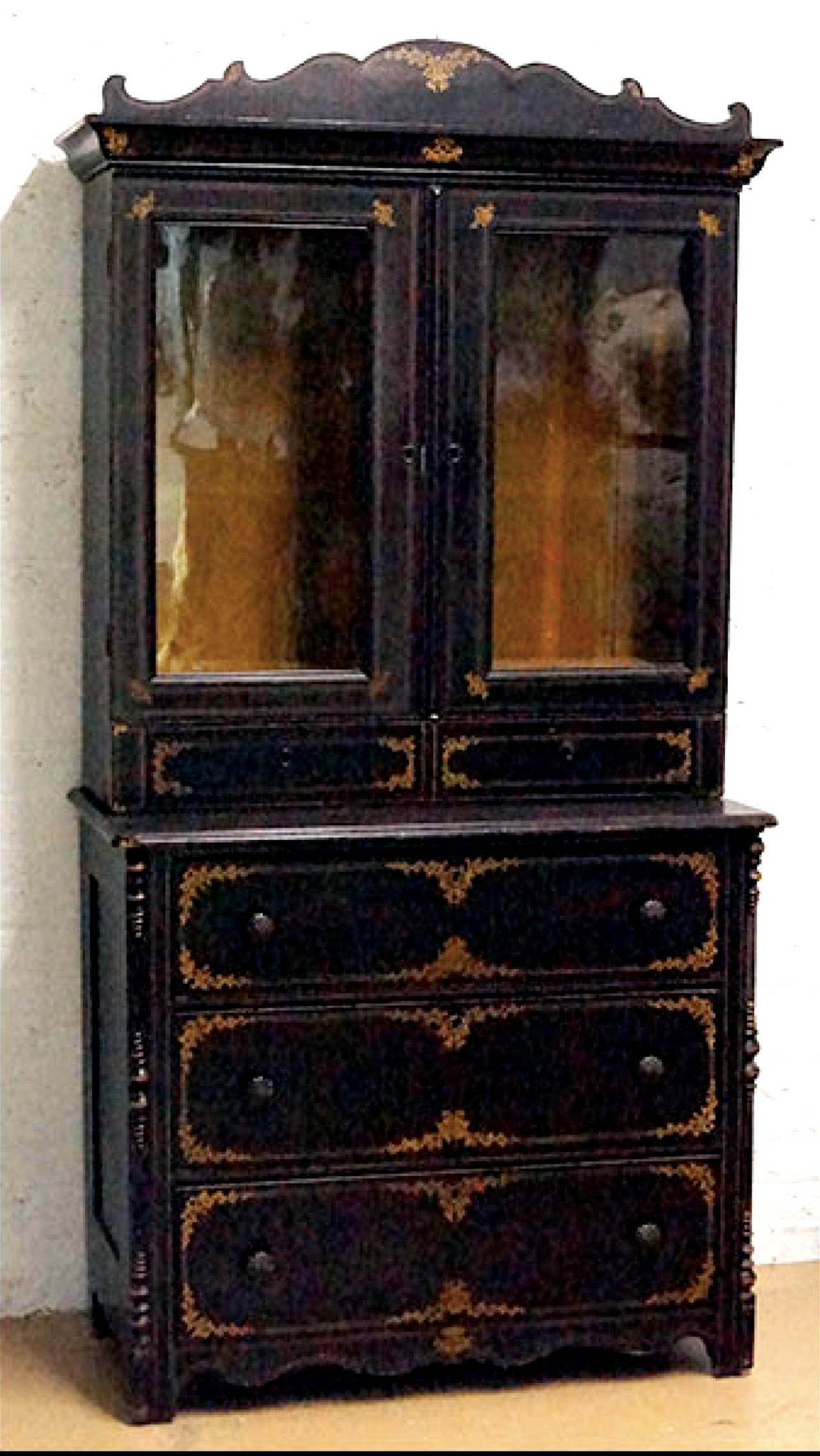 Charming American 19th century cupboard with original paint.