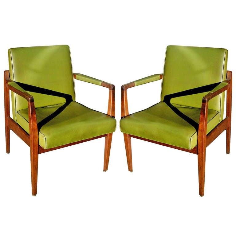 Pair of Mid-Century Leather and Solid Mahogany Armchairs For Sale