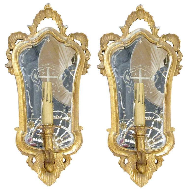 One Pair of Italian Giltwood Sconces with Mirror Backing For Sale