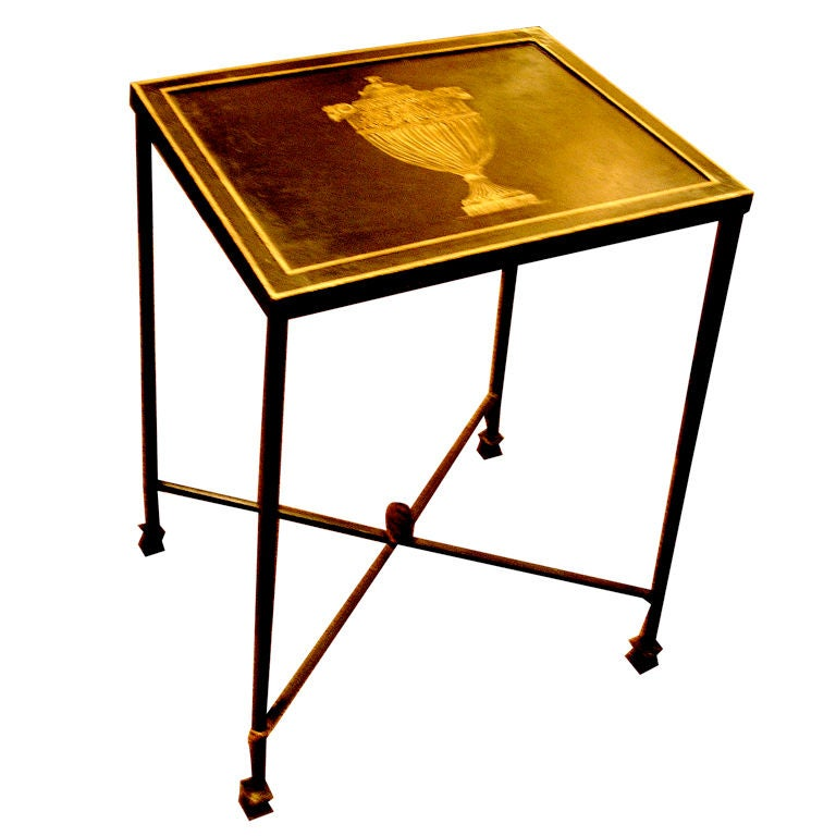Charming English Style Neoclassical Tole Table With Gilt Decorat