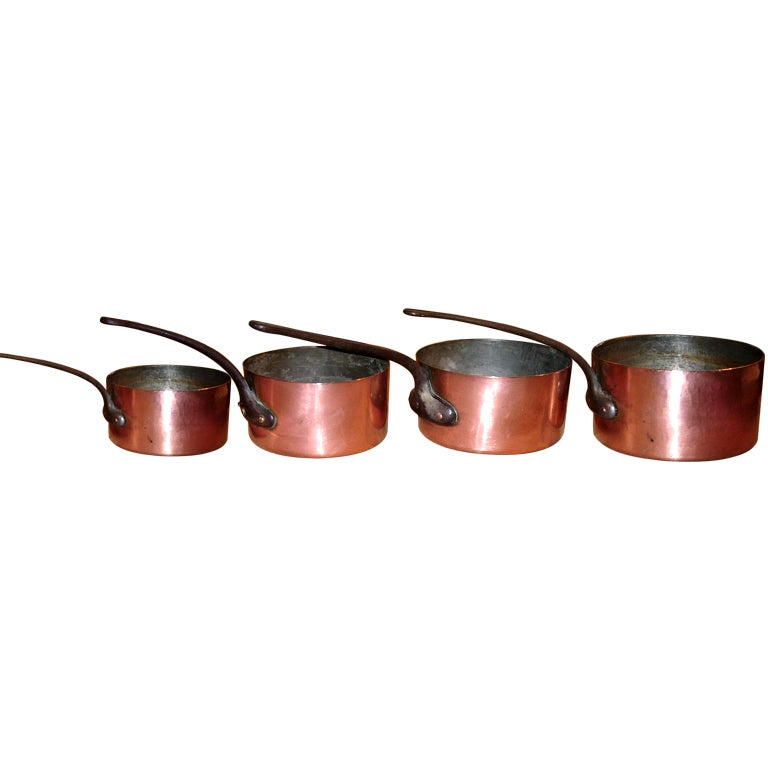 Set of fouriron-and-copper pots, 19th century