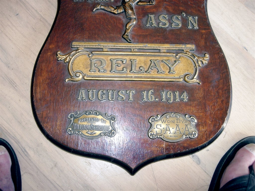 Early 20th Century Relay Trophy Plaque In Excellent Condition For Sale In Buchanan, MI