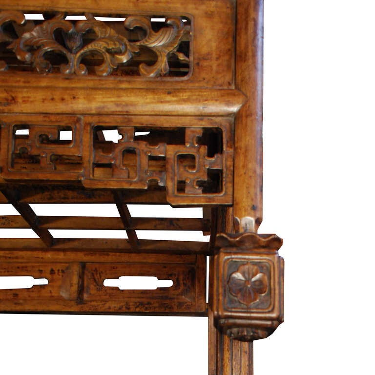 Early 19th Century Chinese Canopy Bed 3