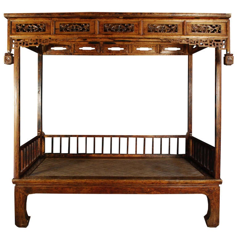 Early 19th Century Chinese Canopy Bed For Sale