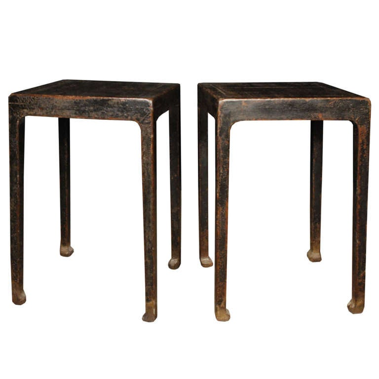 Pair of 18th century lacquered chinese display tables at for Chinese art furniture