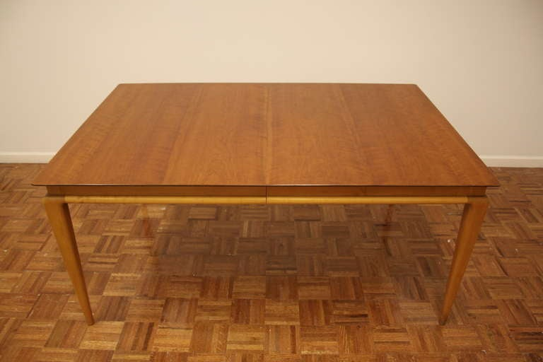 Mid-Century Modern Renzo Rutili Dining Table for Johnson Furniture For Sale