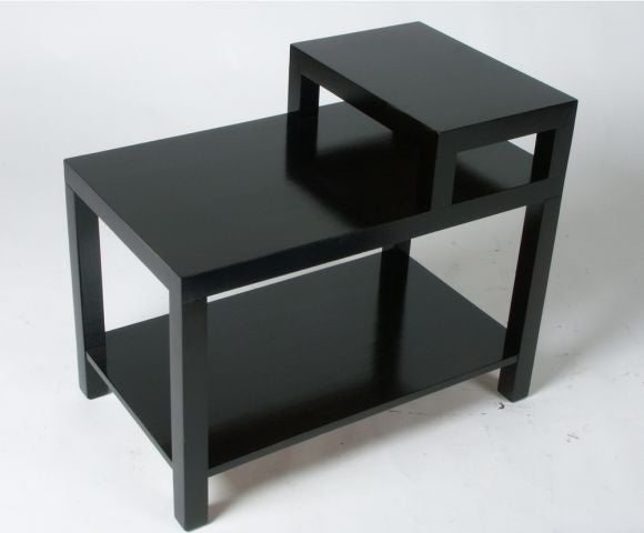 Mid-Century Modern Pair of T. H. Robsjohn-Gibbings for Widdicomb End Tables For Sale