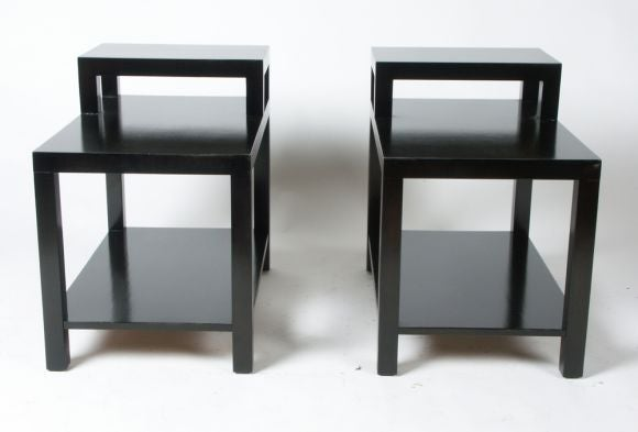 American Pair of T. H. Robsjohn-Gibbings for Widdicomb End Tables For Sale